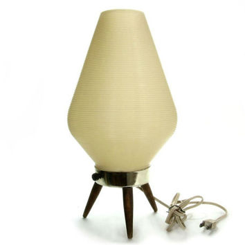 Danish Modern Beehive Lamp / White Cream / Mid Century Atomic Tripod Lighting / Retro