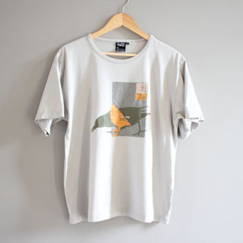 US Free Shipping Birdie / Graphic Tee  / Vintage / Size M - L