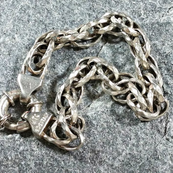 925 Italy Sterling Silver Chain Bracelet Double Link Textured Unusual Appealing Style Chain Oversized Spring Ring Clasp Signed UTC925 Italy