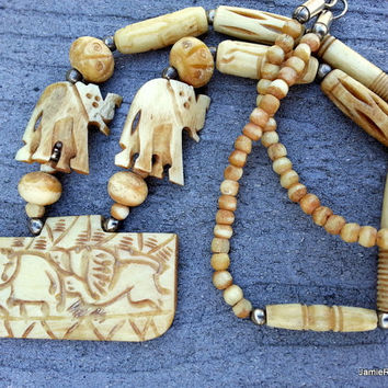 Vintage Carved Bone Necklace with Elephants Figurines - African Tribal Necklace - India Faux Ivory Elephant Necklace - Pendant Necklace