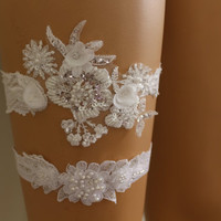FREE SHİP Wedding Garters,İvory Lace Bridal Garter,Lingerie,Bridal Accessory,İvory Lace Flowers garter