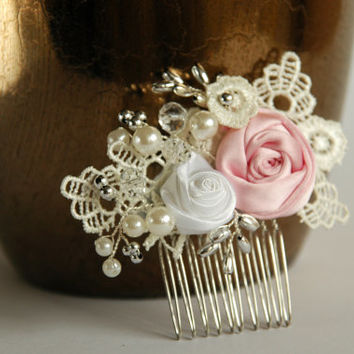 Misty rose wedding  hair comb, Bridal hair comb, Pearl hair comb, Lace hair comb,Lace wedding hair comb, Bridal headpiece, Wedding hadpiece