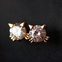 Lovely golden cat rhinestone earrings