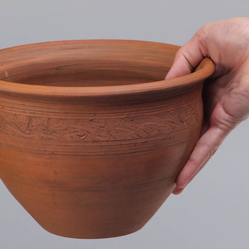 Large handmade clay pot kilned with milk for serving dishes ceramic cookware