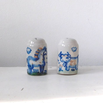 MA Hadley Salt and Pepper Shakers Signed Stoneware Cow and Horse Kitchen Decor Primitive Accessory Vintage Collectible