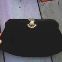 Vintage Black Velvet Clutch Evening Purse Rhinestone Clasp Elegant