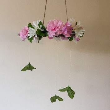 Rustic flower mobile, baby mobile, nursery mobile