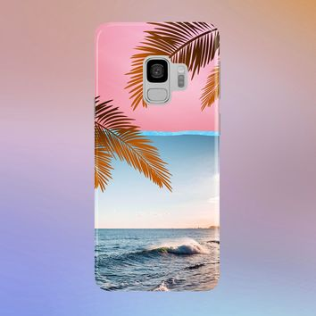 Beach Crasher for Apple iPhone, Samsung Galaxy, and Google Pixel