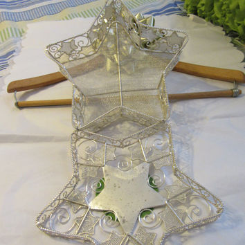 Silver Wire Cottage Chic Star Basket With White Flower and Bling Flower Accent