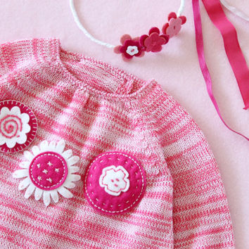 Knitted baby dress, felt flowers, blended pink. 100% Merino wool. READY TO SHIP size newborn.