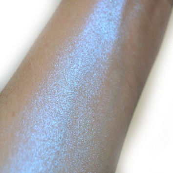 Space Cowgirl - White/ blue Color Shifting - Duo chrome highlighter