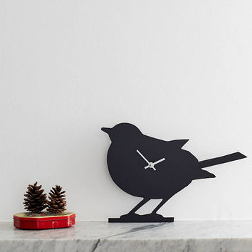 Robin Clock With Wagging Tail