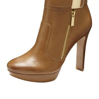 Vince Camuto Sultra Bootie
