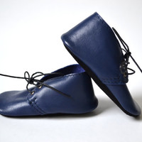 Handmade soft sole leather baby shoes / Baby boy oxford shoes / Navy baby boy shoes.