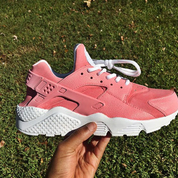 SALE 20% OFF Hand painted Nike Huaraches in Pink Petal  036369b0a
