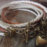 MEXCLA IN CAMEL and Bronze Leather wrap bracelet by AsaiBolivien 12,90 US$