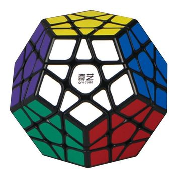 LeadingStar 3rd order Megaminx Magic Cube Stickerless Dodecahedron Speed Cubes Brain Teaser Twist Puzzle Toy zk40