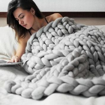Chunky Thick Knitted Blanket