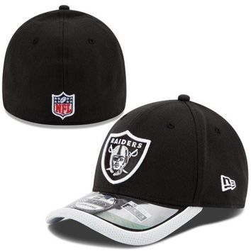 Oakland Raiders New Era 2014 On-Field 39Thirty Performance Flex Hat – Black