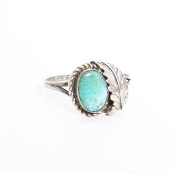 Vintage 60s Ring - Sterling Silver & Turquoise Feather Southwest Native Jewelry 925 Sz 7