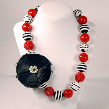 Girls Boutique Jewelry chunky beaded necklace Black Red and White Tween necklace, baby necklace, infant necklace, girls necklace