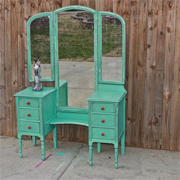 Incroyable Aqua Blue Vanity, Dresser, Beach Cottage, Shabby Chic, Rustic, Painted  Vintage
