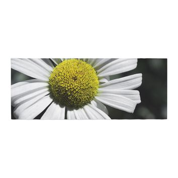 "Nick Nareshni ""Open Daisy"" White Blue Bed Runner - Outlet Item"