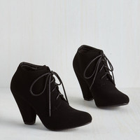 Minimal Just in the Kick of Time Bootie