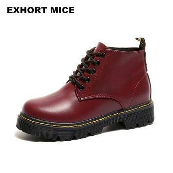 2017 Promotional Winter Autumn Women Boots Platforms Square Heel Ankle Boots Paint Leather Motorcycle Lady Shoes Martin Lace-Up