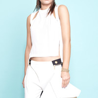 NOT SO BASIC CUTOUT TOP WHITE