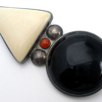 Reve Black & White Onyx Sterling Silver Brooch