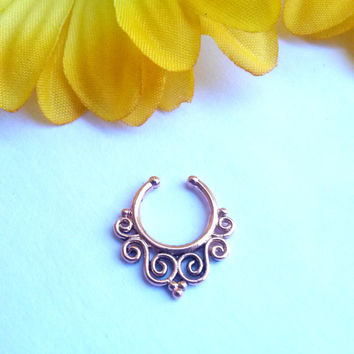 Septum Hanger Rose Gold Fake Piercing Faux Septum Clip on Piercing Bohemian
