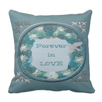 Smalt Blues Horizon Throw Pillow