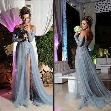 Stunning Gray Prom Dress 2017 A line Long Sleeve Tulle Party Evening Gowns Elegant Slit Applique Sexy Pageant Dress For Women