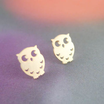 tiny gold owl earrings