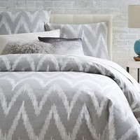 Organic Chevron Duvet Cover + Shams – Platinum