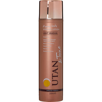 Light Gradual Everyday Tanning Lotion 200ml - Beauty - Women - TK Maxx