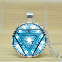 1pcs Iron man arc reactor jwelry Necklace iron man pendent tony stark arc reactor Pendant Necklace Glass Cabochon Necklace +Christmas gifts