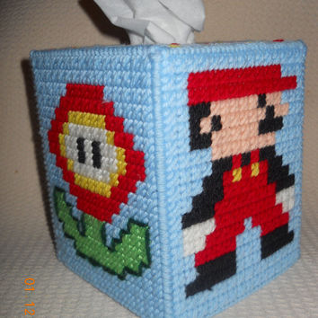 SUPER MARIO Brothers tissue box cover in plastic canvas