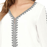 La Quinta Ivory Embroidered Top