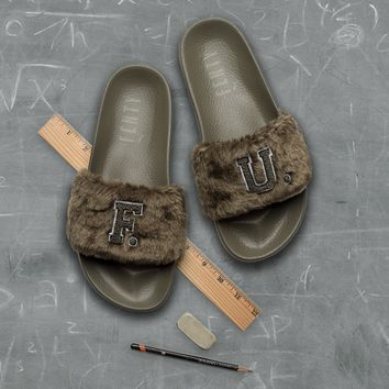 AA DCCK Puma x Fenty by Rihanna Leadcat Furry Slide - Burnt Olive