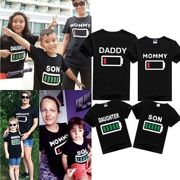 Family Clothing MOMMY DAUGHTER SON Summer Battery T Shirt Mother&Kids Matching Outfits Short Sleeve Mother Daughter Son Clothes