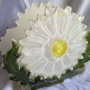 Retro 1960s Heavy Lucite Resin Letter or Napkin Holder Daisy White Yellow Kitch Raw Trends Industry Mid Century
