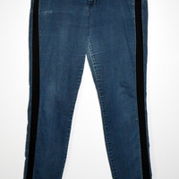 Simply Vera Blue Jeans Black Knit Sides 14