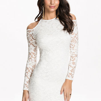 Open Shoulder Lace Dress, NLY One