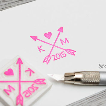 arrow and heart stamp, custom arrow and heart rubber stamp, customized wedding, personalized, initial stamp, couple stamp, handmade gift