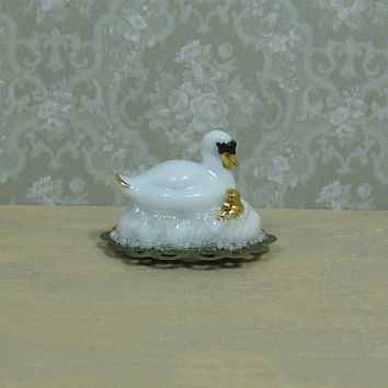 Dollhouse Miniature Swan & Baby Figurine on Footed Tray