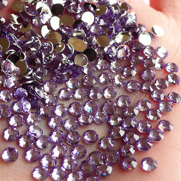 3mm Resin Rhinestones / 14 Faceted Cut Round Rhinestones (Light Purple) (Around 200pcs) Much Better Quality Than Acrylic Rhinestones RH.303