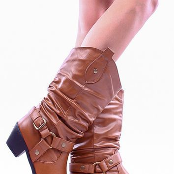 TAN FAUX LEATHER CLOSED TOE COWBOY BOOT