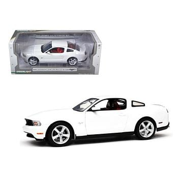 2010 Ford Mustang GT Coupe Performance White Brich Red Interior 1:18